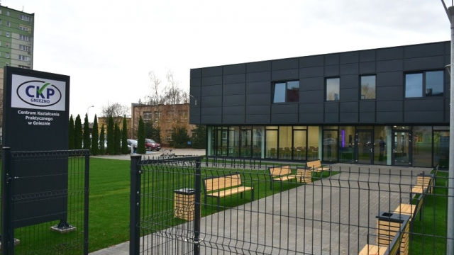 Budynek Centrum Kształcenia Ustawicznego i Zawodowego w Gnieźnie