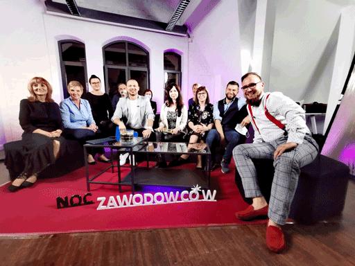 Zdjęcie zespołu CWRKDiZ w Poznaniu na zakończenie wydarzenia Noc Zawodowców 2020 Edycja 3.0 Wielkopolska w sieci zawodów w subregionie poznańskim