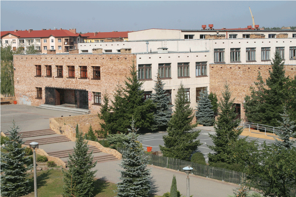 Budynek Szkoły Podstawowej nr 4 im. UNICEF w Obornikach
